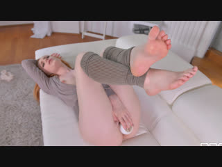 Ella Hughes [HD Porn, Redhead, Masturbation, Solo, Foot Fetish, Feet, Legs, Natural Tits, Busty, Toes, POV, Orgasm, Big Ass]