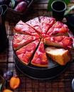 Пирог с рикоттой и сливами