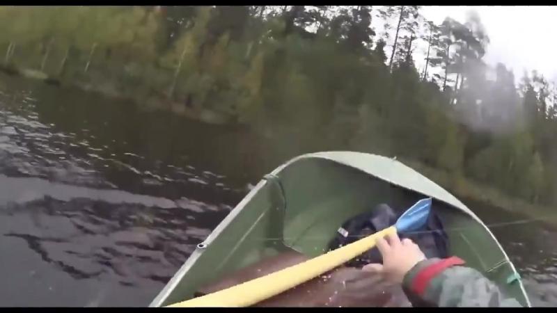Щука перевернула и потопила лодку [vk.com/FISHka]