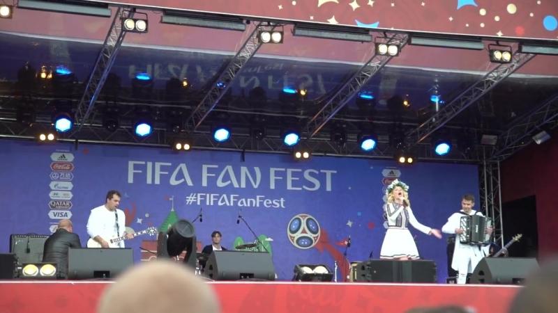 Это что-то! Гуси-Лебеди - главная сцена Нижнего, фанзона, чемпионат Мира по футб