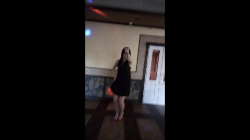 Я просто хочу чтобы девушки танцевали! Ведущий Артем Маслов