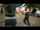 Красивая девушка танцует лезгинку