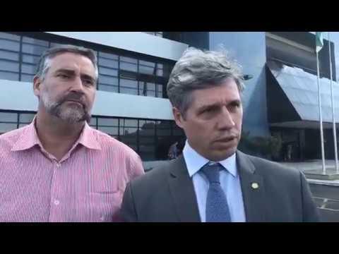 Juíza comandada por Moro, declara guerra ao legislativo e impedi comissão de visitar Lula.