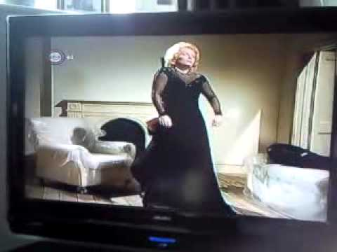 French and Saunders doing Marlene dietrich