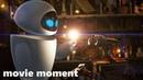 ВАЛЛ·И - Знакомство роботов