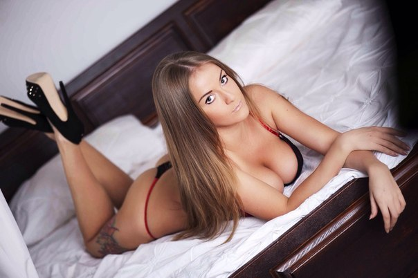 Teen slut big boobs and pussy