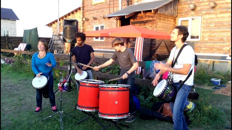 Барабаны мира на Дне рождения Скомороха