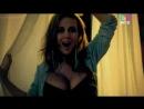 Анна Семенович в клипе Не Мадонна (2011) Голая? Грудь, секси