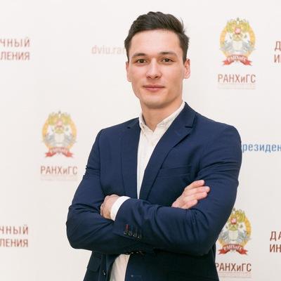 Роберт Богданов