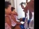 Como tirar o mamã de um bebe usando esmalte vermelho