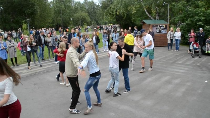 02 09 2018г г Кемерово Бульвар Строителей Танцы от Сальса Кубана только сегодня с места события