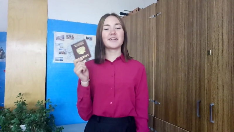 Кстати - Даша-путешественница идёт на выборы