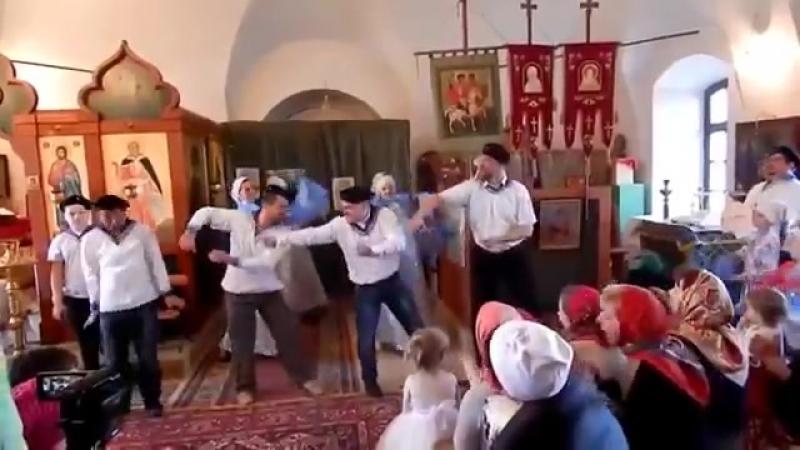 Безумные танцы в храме - часть 3 (1)