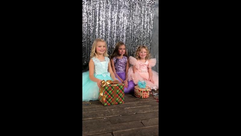 Видео с фотосессии платьев Мерри дресс