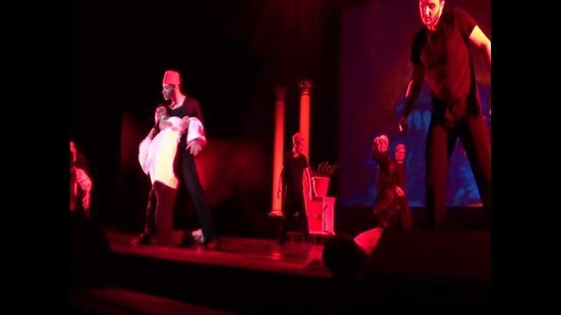 спектакль Дле Яман с участием ансамбля hayastan dance studio посвященный генациду армян в Османской Турции