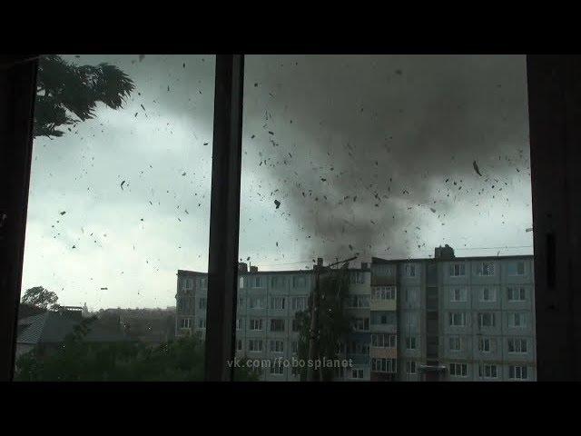 ТОРНАДО В РОССИИ. Смерч в городе Ефремов (Тульская область, 22.05.2013).