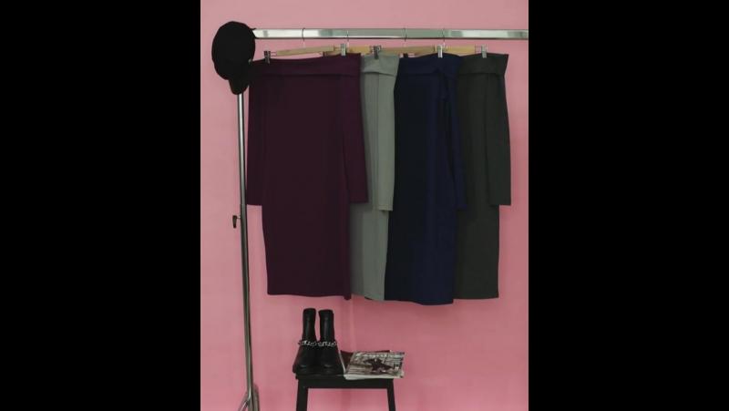 Вся палитра осенних цветов в модели платья с открытыми плечами. 🎨🎨🎨 Сливовый, серый, синий и темно-серый. 💻 Интернет-магазин: ww