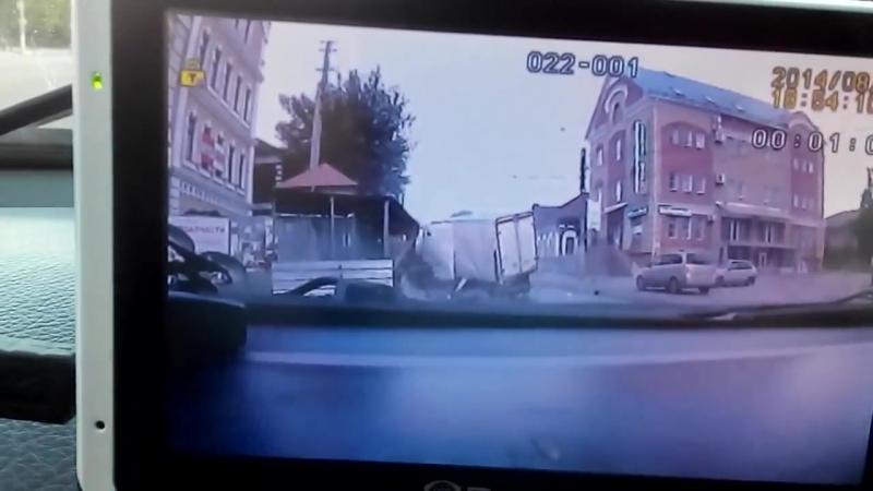 ДТП 31 08 2014 на ул Смирнова 4 Я попал тогда, пз......