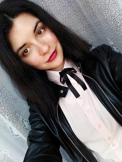 Аня Зенина