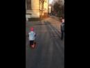 Первая прогулка на самокате