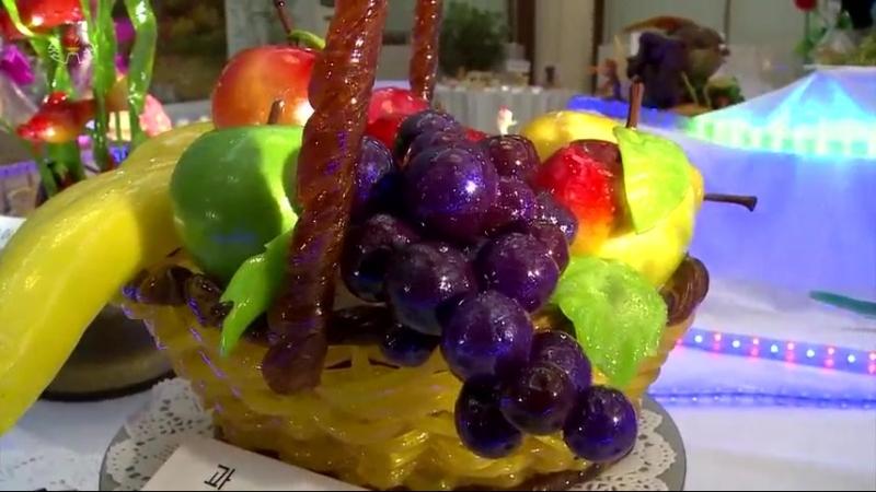 생활의 향기를 더해주는 이채로운 전시회 -제3차 사탕, 과자조각전시회장을 찾아서-