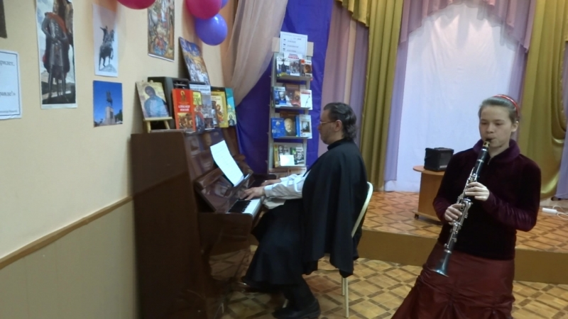 А.Хачатурян, Андантино. Исполняют Валерия Невоструева (кларнет) и Илья Овчинников (фортепиано).