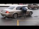 Бессердечный таксист социальный эксперимент Heartless taxi driver social experiment