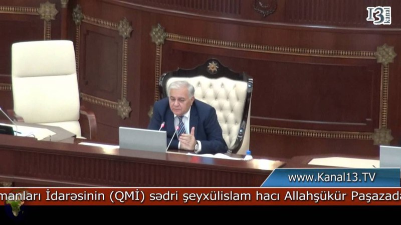 Allahşükür Paşazadə ilə spiker Oqtay Əsədov arasında fikir ayrılığı yaranıb