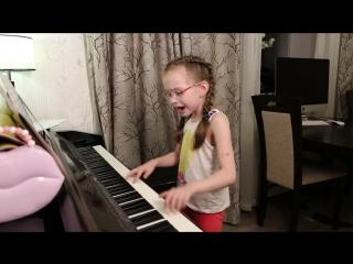 КРУЧЕ ВСЕХ - (cover Open Kids ft. Quest Pistols Show) - Виктория Викторовна 8 лет_)))