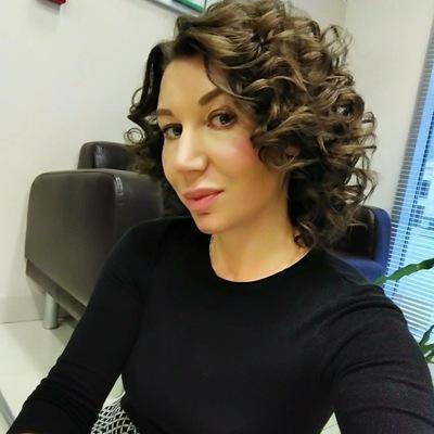 Елена Сластникова