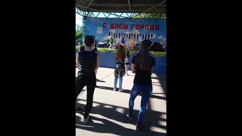 Ксюша Иванова - Live