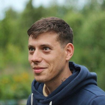 Антон Садовников