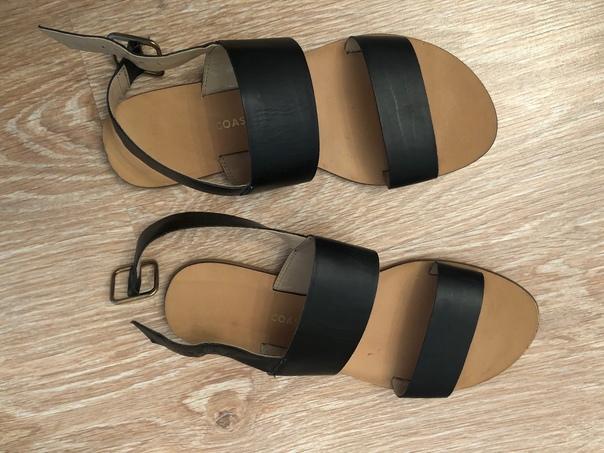 Отдам даром сандалии и ботинки б/у 37 размер. Ст м...