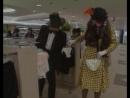 Наши в японском магазине.Отрывок из Маски-шоу.