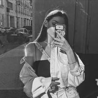 Аня' Нефертитова