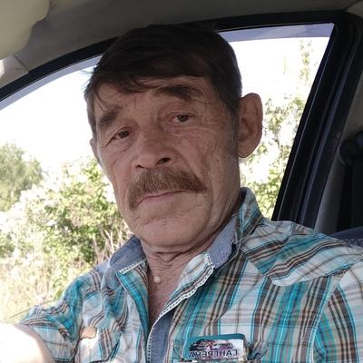 Юрий, 67, Yekaterinburg