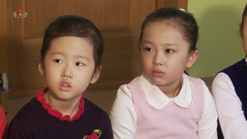 위대한 령도자 김정일대원수님의 어린시절이야기 -따발총-